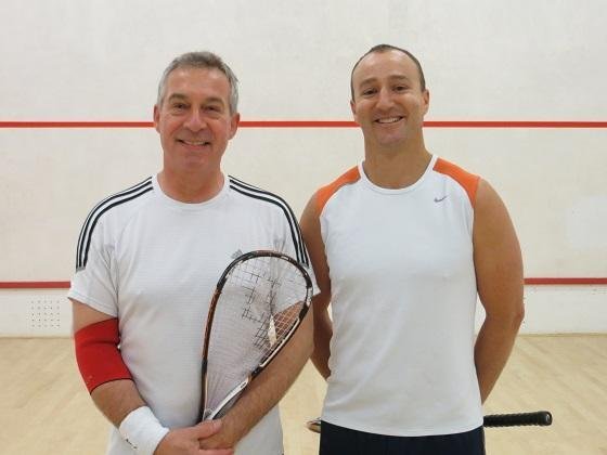 Handicap Plate: Ian Phillips (right) 2 – Stuart Hutchinson 1