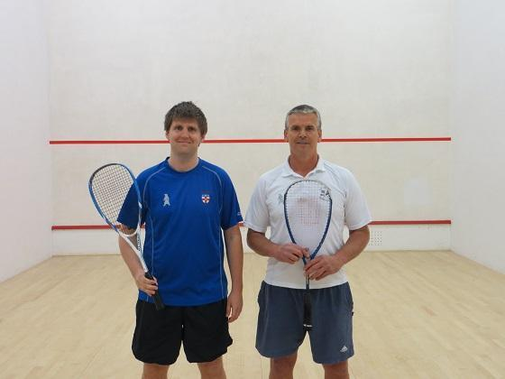 Handicap: Mark Wright (left) 2 – Mike Harris 0